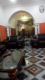 3 bedroom Blocks of Flats House for sale Ologuneru after Makoni hotel, Idi Igbaro ibadan  Ido Oyo