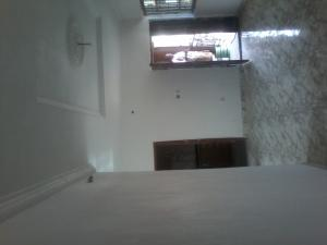 3 bedroom Blocks of Flats House for rent In an eatate before fagba comibg from agege Fagba Agege Lagos