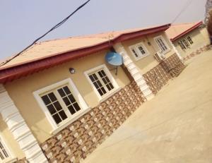 1 bedroom mini flat  Mini flat Flat / Apartment for rent Peluseriki after Ireakari estate  Akala Express Ibadan Oyo