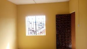 1 bedroom mini flat  Self Contain Flat / Apartment for rent Orisunbare  Idimu Egbe/Idimu Lagos
