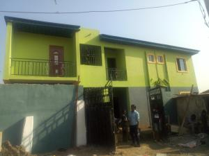 1 bedroom mini flat  Self Contain Flat / Apartment for rent Baguliaye compound Fola Agoro Yaba Lagos