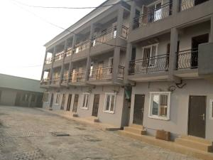 1 bedroom mini flat  Self Contain Flat / Apartment for rent Mobil Road Ilaje Ajah Lagos