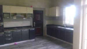 3 bedroom Blocks of Flats House for rent - Shonibare Estate Maryland Lagos