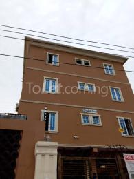 3 bedroom Flat / Apartment for rent Elizateth court  Alagomeji Yaba Lagos