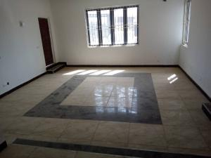 3 bedroom Flat / Apartment for rent By Living faith church,Jahi-Abuja. Jahi Abuja