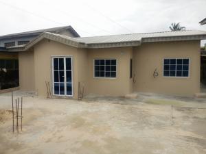 3 bedroom Detached Bungalow House for rent Off agbebi Ijesha Surulere Lagos
