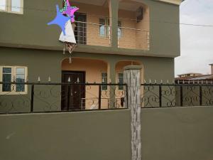 3 bedroom Flat / Apartment for rent Sawmill Gbagada  Ifako-gbagada Gbagada Lagos
