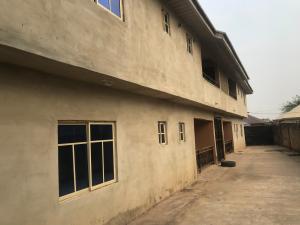 3 bedroom Shared Apartment Flat / Apartment for rent Morgana estate, Elebu Akala Express Ibadan Oyo