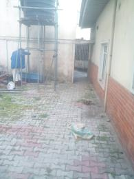 2 bedroom Detached Bungalow House for rent Ekololu street Itire Surulere Lagos