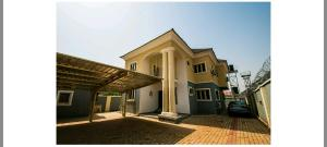 4 bedroom House for sale Zone E Extension Apo Abuja
