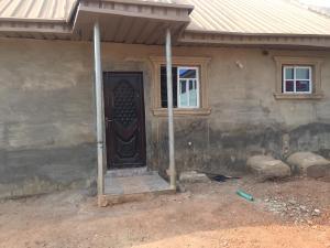 1 bedroom mini flat  Mini flat Flat / Apartment for rent Oluode estate,off Akala express  Akala Express Ibadan Oyo