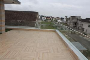 6 bedroom Detached Duplex House for sale pinnock beach estate, Osapa london Lekki Lagos