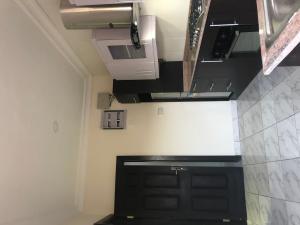 4 bedroom Flat / Apartment for rent Milleniun Estate besides The Palms Mall ONIRU Victoria Island Lagos