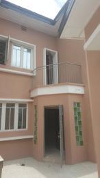 3 bedroom Duplex for rent Off ogunlana Ogunlana Surulere Lagos