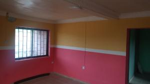 2 bedroom House for rent Behind foodco, capital building Ring Rd Ibadan Oyo