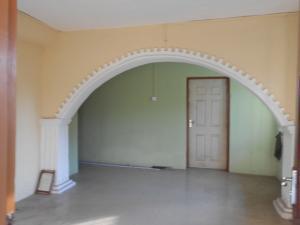 2 bedroom Self Contain Flat / Apartment for rent Dankaro estate Berger Ojodu Lagos