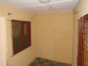 2 bedroom Blocks of Flats House for rent ishaga,off ojuelegba Ojuelegba Surulere Lagos