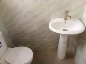 2 bedroom Flat / Apartment for rent After BCOS  Basorun Ibadan Oyo
