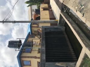 2 bedroom Flat / Apartment for rent Akinwunmi Street  Mende Maryland Lagos