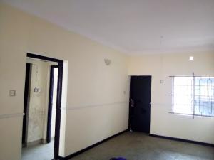 2 bedroom Flat / Apartment for rent Adekunle kuye street off adelabu Adelabu Surulere Lagos