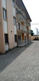 3 bedroom Flat / Apartment for rent Ladipo street, Anthony village. Anthony Village Maryland Lagos