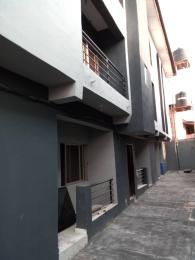 3 bedroom Flat / Apartment for rent Off apata street Shomolu Shomolu Lagos
