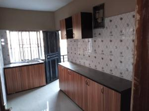 3 bedroom Flat / Apartment for rent Off apata street Shomolu Shomolu Lagos