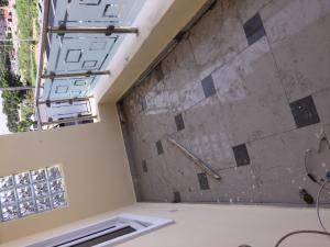 1 bedroom mini flat  Self Contain Flat / Apartment for rent Off Admiralty way,  Lekki Phase 1 Lekki Lagos