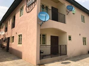 2 bedroom Flat / Apartment for rent Medina road Atunrase Medina Gbagada Lagos