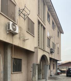 2 bedroom Penthouse Flat / Apartment for rent Eyinle Ifako-gbagada Gbagada Lagos