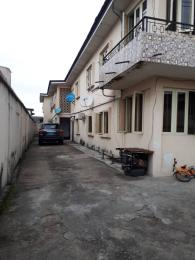3 bedroom Flat / Apartment for rent Off sura mogaji Coker Road Ilupeju Lagos