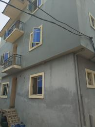 3 bedroom Flat / Apartment for rent Dogo majekodunmi street Soluyi Gbagada Lagos