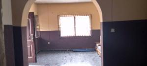 3 bedroom Flat / Apartment for rent @olojo,olodo garage b/stop Ibadan north west Ibadan Oyo