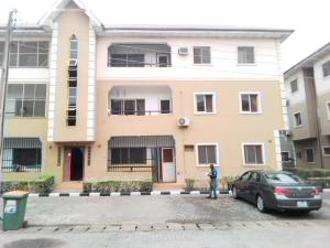 3 bedroom Blocks of Flats House for rent Estate Pen cinema Agege Lagos