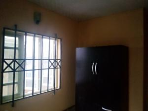 3 bedroom Blocks of Flats House for rent Adelabu Surulere Lagos