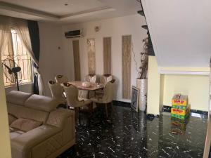 4 bedroom Semi Detached Duplex House for rent - Ifako-gbagada Gbagada Lagos