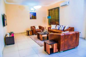 3 bedroom Flat / Apartment for shortlet Spar Road Ikate Lekki Lagos