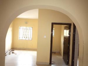 3 bedroom Blocks of Flats House for rent Zionist estate,off Akala express  Akala Express Ibadan Oyo