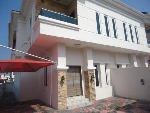4 bedroom Semi Detached Duplex House for sale THOMAS ESTATE Lekki Phase 2 Lekki Lagos