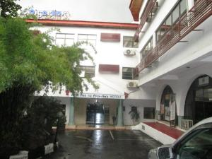 10 bedroom Hotel/Guest House Commercial Property for sale # Malange street Wuse 2 Abuja