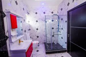 4 bedroom Semi Detached Duplex House for sale Lekki 2nd toll gate off Chevron Lekki Lagos. chevron Lekki Lagos