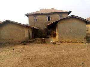 1 bedroom mini flat  House for sale Iwalewa street  Akure Ondo