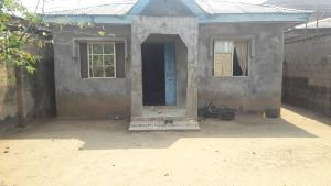 2 bedroom Bungalow for sale GIWA BUS STOP , MAGBORO Magboro Obafemi Owode Ogun
