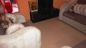 1 bedroom mini flat  Boys Quarters Flat / Apartment for rent 2, B close 2nd avenue, Efab estate mbora lifecamp Life Camp Abuja