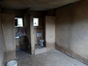 Self Contain Flat / Apartment for rent Abule-Ijesha Yaba Lagos