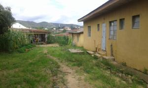 8 bedroom Flat / Apartment for sale No 16/17 Dogon Dutse GRA Jos South Plateau