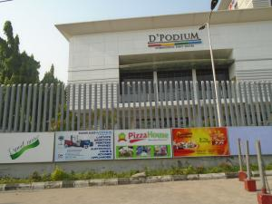 Shop in a Mall Commercial Property for rent adeniyi pones,ikeja Adeniyi Jones Ikeja Lagos