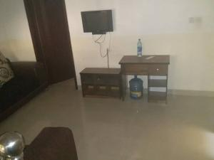 1 bedroom mini flat  Mini flat Flat / Apartment for rent Bourdillon Court chevron Lekki Lagos - 0