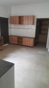 3 bedroom Blocks of Flats House for rent Off main avenue Parkview Estate Ikoyi Lagos