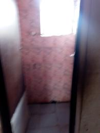 2 bedroom Blocks of Flats House for rent Ogunbekun street off Pedro road  Bariga Shomolu Lagos